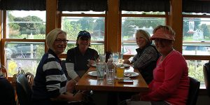 Quit Qui Oc Golf Course Ladies League Eating at Restaurant after Golfing